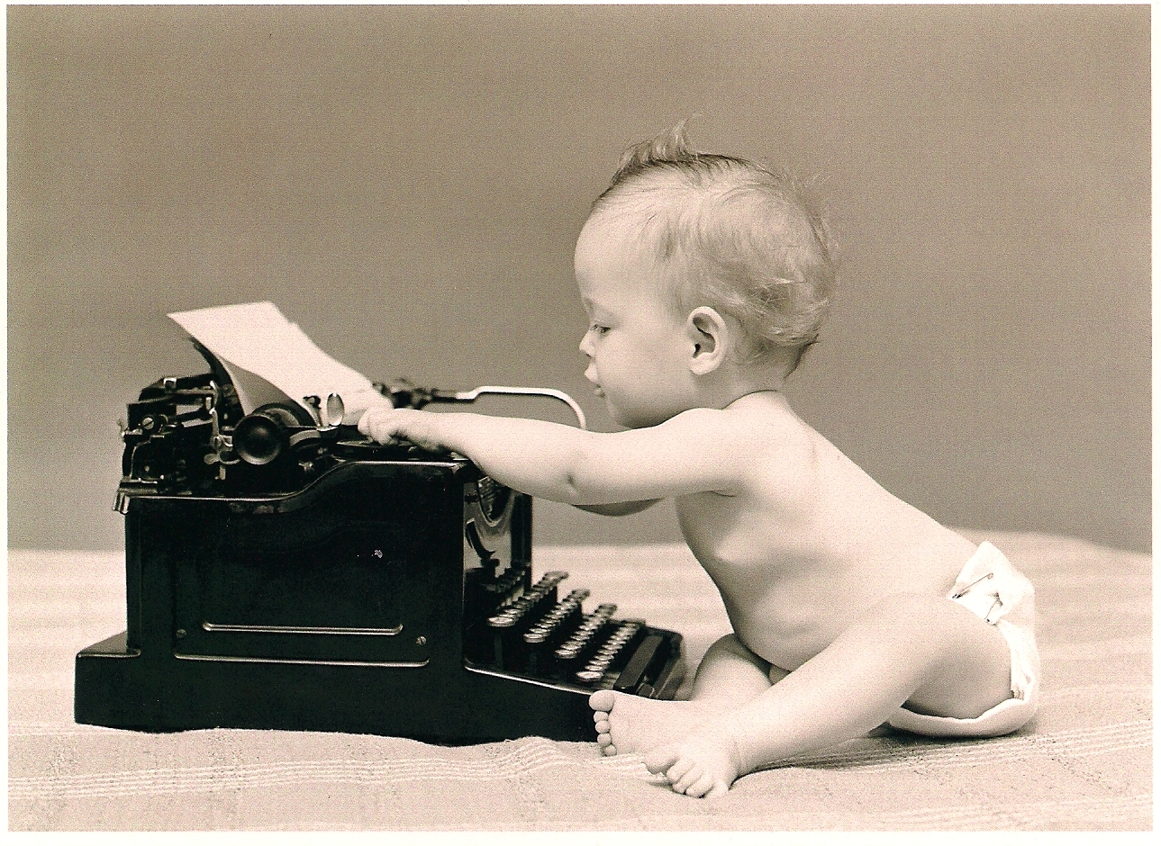 baby-with-typewriter